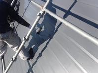 水戸市  M様邸  屋根塗装(上塗り)