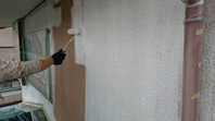 日立市 Y様邸 外壁塗装(下塗り・中塗り)