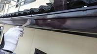 ひたちなか市 T様邸 樋塗装(ケレン・下塗り・中塗り・上塗り)