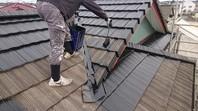 笠間市 H様邸 屋根塗装(下塗り・中塗り)