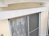 東海村 A様邸 シャッターBOX塗装(中塗り・上塗り)