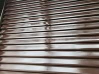 宇都宮市 U様邸 雨戸塗装(ケレン・下塗り・中塗り・上塗り)